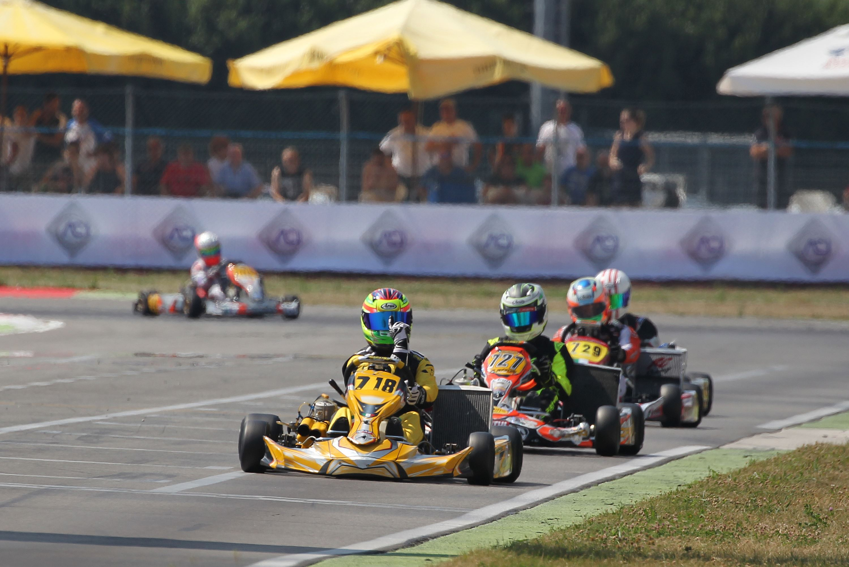 2016_img_CIK_Adria_karting_raceway_club_gara1_fmp_9982